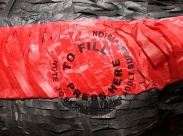 Pinata: schwarzer Drache zum Befüllen - 2